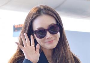 チェ・ジウら、エレガントな大人スタイルで登場!「2014 Mnet Asian Music Award」空港ファッション