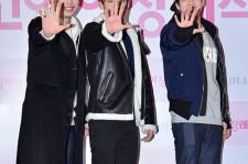 BTOB、SUPER JUNIORカンインの応援に!映画『猫の葬儀』VIP試写会