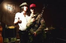 ジョン・ヨンファ(from CNBLUE)、GLAYのTAKUROとツーショット!「先輩最高!」