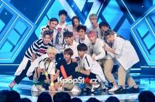 SEVENTEEN、「Adore U」を披露!MBC『SHOW CHAMPION』