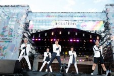 SHINee「やっぱり夏フェスは楽しいですね!」、5万5千人が興奮『a-nation stadium fes.』大阪公演最終日!