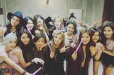 少女時代サニー、SHINeeミンホやRed Velvetと撮ったコンサート記念ショット公開!