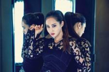 少女時代ユリ、『ELLE KOREA』で魅惑的な美貌を披露!