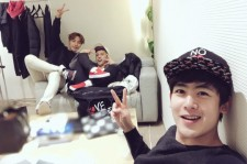 2PMニックン、Jun. Kのコンサート会場を訪問!ウヨンも一緒に記念ショット