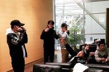 EXO セフン、バンクーバーでメンバーらを激写?!「D.O.、どこにいるの?」