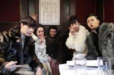 EXO レイ、中国ドラマ『老九門』撮影に復帰!共演者らとバレンタインデー認証ショット公開