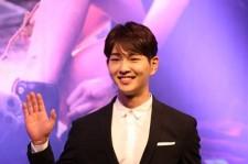 SHINeeオンユ、出演ドラマ『太陽の末裔』制作発表会に出席!