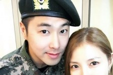 BoA、東方神起ユンホとのツーショット写真公開「軍人の友達 ユンホ^^」