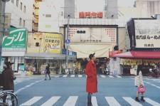 CNBLUE イ・ジョンシンの大阪・黒門市場での写真がまるでスイス・・・!?とネットで話題に!?