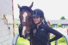 少女時代ソヒョン、乗馬中の姿を公開!