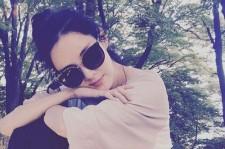 少女時代ソヒョン、無造作ヘア+サングラスで成熟した女性の魅力披露!