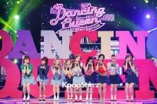 少女時代、可愛いミニスカ&猫ダンスで観客を魅了 『M! Countdown』で「Dancing Queen」披露