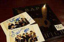 【読者限定プレゼント】B.A.Pの直筆サイン入りチェキ写真(2名様)をリツイート&フォローでゲット!