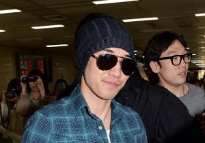 BIGBANG G-DRAGON&V.Iの空港ファッション ワールドツアー北京公演終え帰国