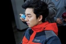 俳優コン・ユ、控え室でのオフショットを公開