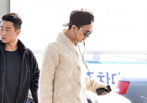 G-DRAGON、SOL クールな空港ファッション、上海へ出国