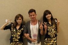 Simon Curtis : KpopStarz 日本...